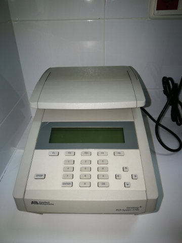 PCR cualitativa GeneAmp 2700 Applied Biosystems